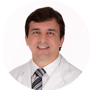 Dr Cláudio de Almeida Quadros